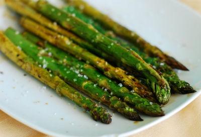 Balsamic Roasted Asparagus - Balsamic Roasted Asparagus