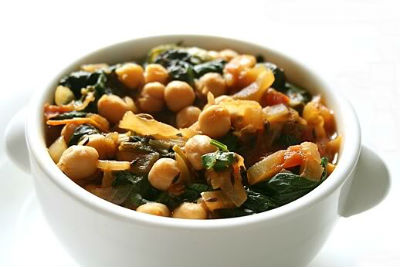 Chickpeas Spinach Curry - Chickpeas and Spinach Curry