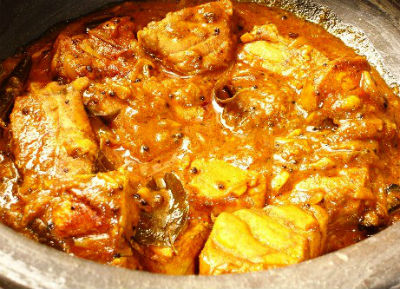 Fish in Onion Tomato Gravy