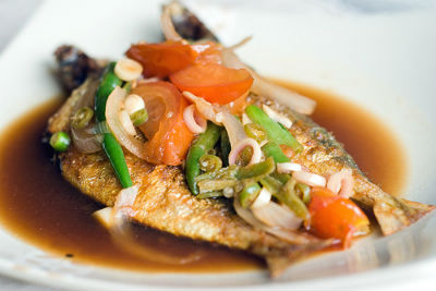 Fried Fish with Lemongrass