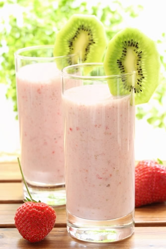 Home%20Made%20Smoothies - 10 Tips to make the Best Smoothies