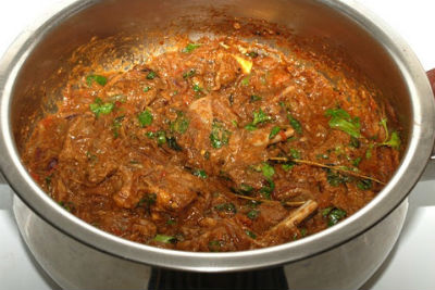 Lamb in Spicy Red Gravy