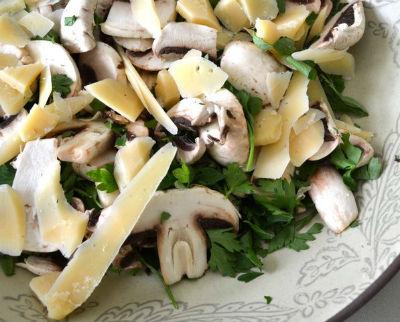Mushroom and Parsley Salad