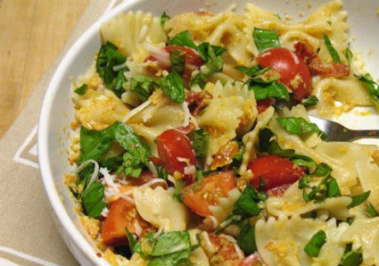 Pasta with Chicken, Sauteed Cherry Tomatoes and Basil