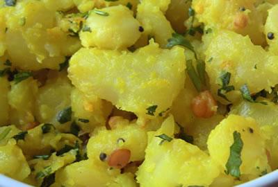 Potato Podimas - Potato Podimas with Coconut and Tamarind