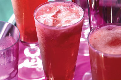 Strawberry Sparkling Wine Cocktail