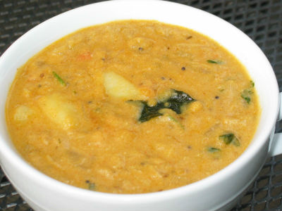 Tangy Potato Curry
