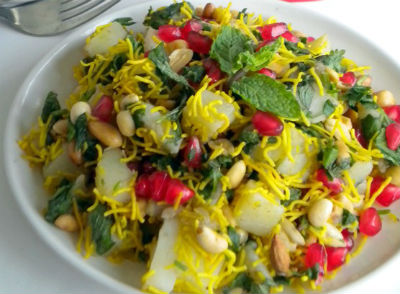 aloo anardana chaat - Aloo Anardana Chaat