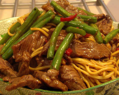 beef bean noodles - Beef and Bean Noodles