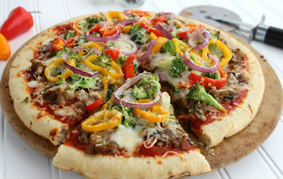broccoli capsicum pizza - Broccoli and Capsicum Pizza
