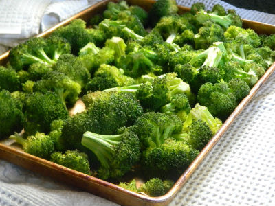 broccoli florets - Pepper Broccoli