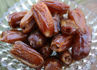 dates - Ginger Dates Legiyam