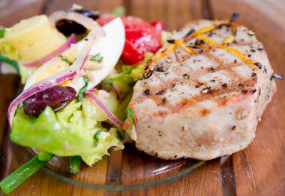 Grilled Tuna with Lemon and Mint Marinade