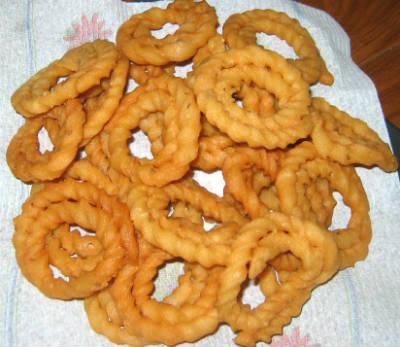 murukku - Puzhungal Arisi Murukku (Boiled Rice Murukku)