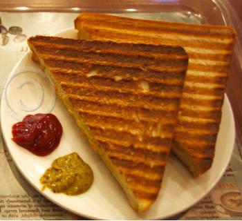 Paneer Veg Sandwich