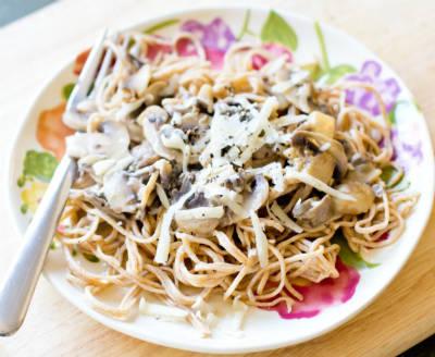 Pasta with Creamy Mushroom Sauce