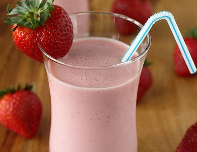 strawberry lassi - Yummy Lassi Varieties