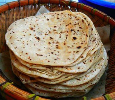stuffed chapati - Paneer Stuffed Kulcha