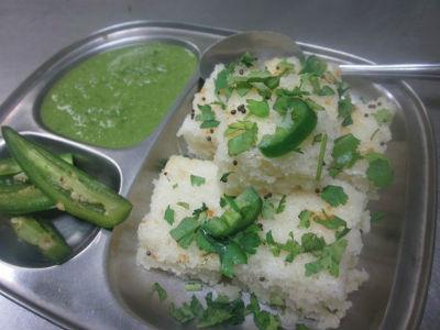 Gujarati White Dhokla