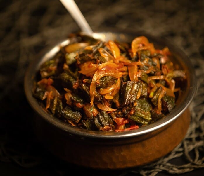 Bhindi Pyaz / Okra with Onion / Bhindi Do Pyaza
