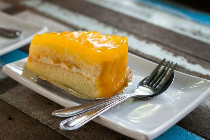 mango mousse cake - Mango Mousse Cake