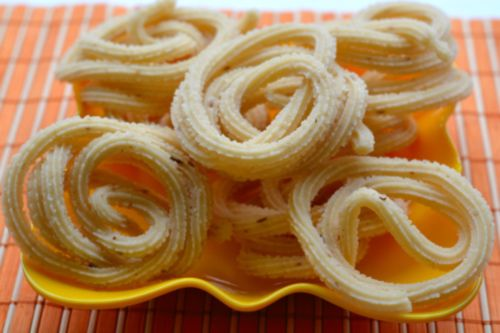 Murukku - 20 Must Have Diwali Sweets and Snacks