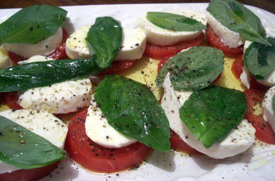 tomato and mozzarella salad - Tomato and Mozzarella Salad