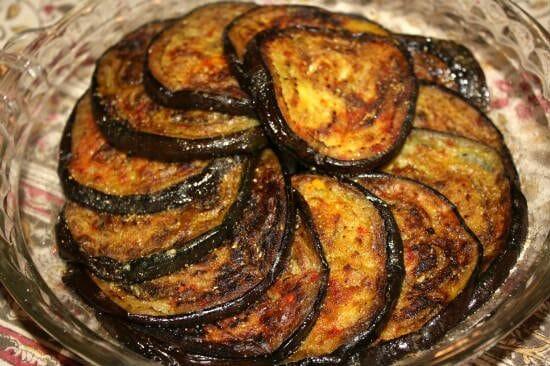 baingan bhaja fried brinjals - Baingan Bhaja (Fried Brinjals)