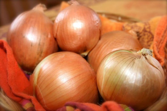Onions - 10 Must Have Foods to Beat the Summer Heat