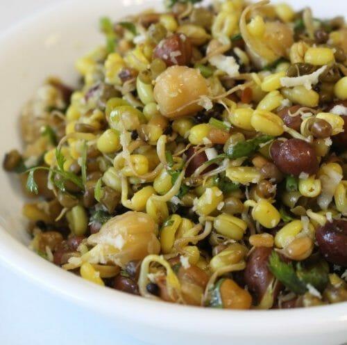 Variety Payaru Sundal (Mixed Sprouts Sundal)