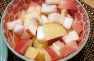 Apple Peach Slices 380x250 - Apple and Peach Salad