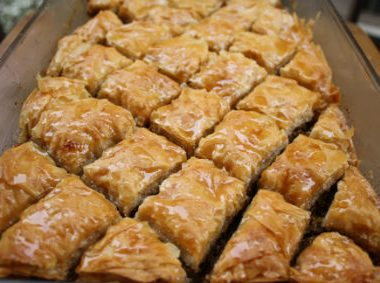 Baklava 380x283 - Chicken and Apricot Stew