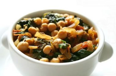 Chickpeas Spinach Curry 380x250 - Chickpeas and Spinach Curry