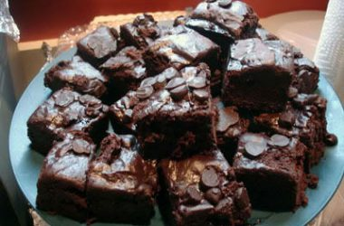 Chocolate Chip Brownies 380x250 - Chocolate Chip Brownies
