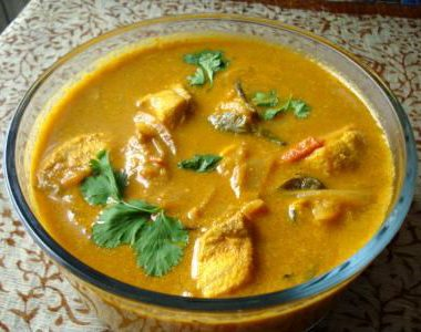 Fish Curry with Coconut Milk 380x300 - Fried Fish in Coconut Milk