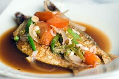 Fried Fish with Lemongrass