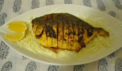 Tareli Machi (Fried Pomfret)