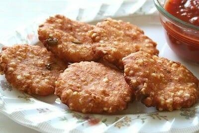 Sabudana and Peanut Mixed Vadai