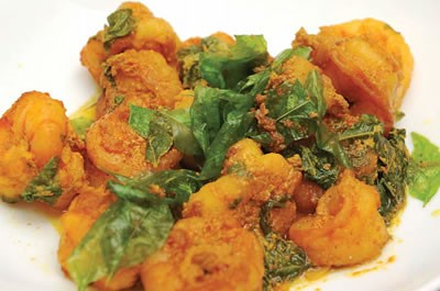 Shrimp with Curry Leaves