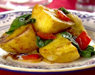 Spicy Potatoes Spinach 380x300 - Spicy Potatoes and Spinach