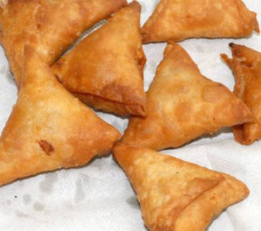 Spinach vegetable samosa 380x337 - Spinach Vegetable Samosa