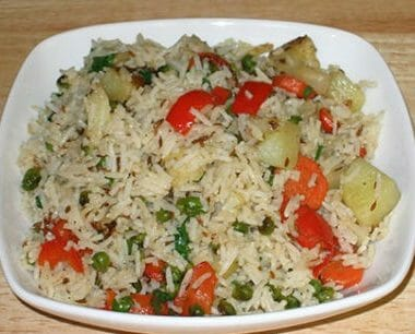 Vegetable Pulao 380x306 - Navratna Kurma