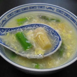 Creamy Asparagus and Crabmeat Soup