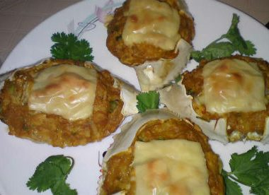 baked stuffed crabs 380x276 - Macchi Patia