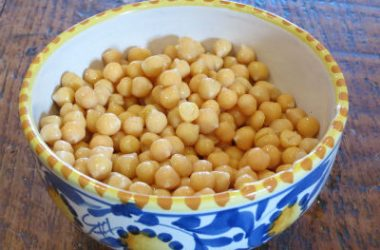 boiled chickpeas 380x250 - Chickpeas with Mushrooms
