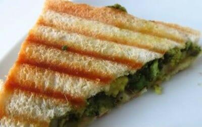 Fried Capsicum Sandwich