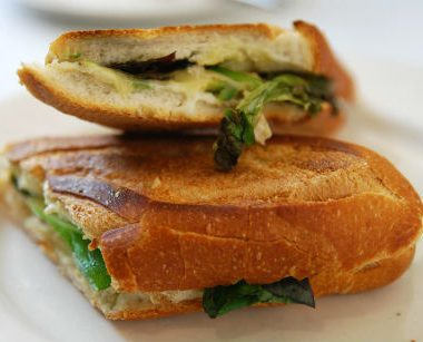 chicken avocado baguette 380x307 - Black Widow