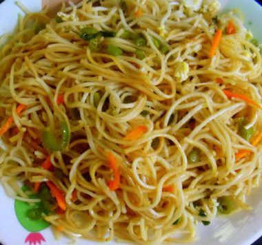 egg noodles 380x356 - Capsicum and Egg Sandwich
