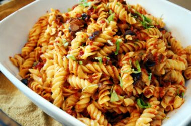pasta sundried tomatoes 380x250 - Pasta With Sun-dried Tomatoes