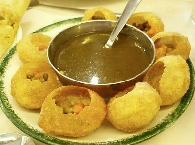 Puchka (Kolkata style Pani Puri)